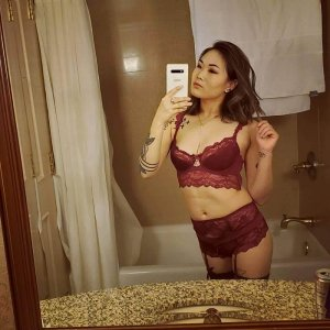 Florelle adult dating in Greenlawn