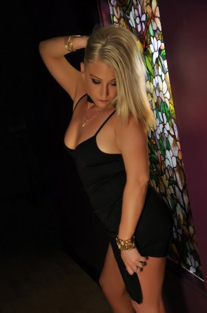 Mikaela live escort in Buford