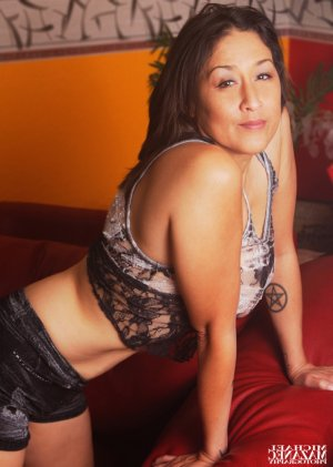 Marsha escort girl