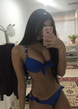Hizya escort girl
