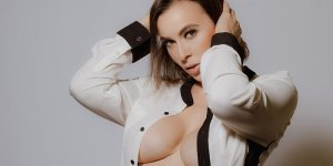 Stephania escorts service in Crestview & sex contacts